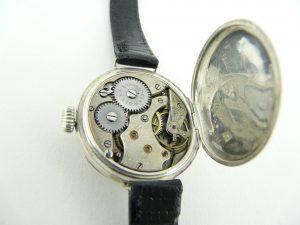 Vintage watch repairs London