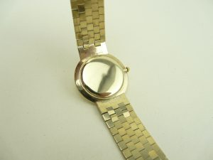 sell vintage gold watch